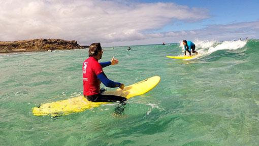http://en.freshsurf.de/surfschool/surf-lessons/
