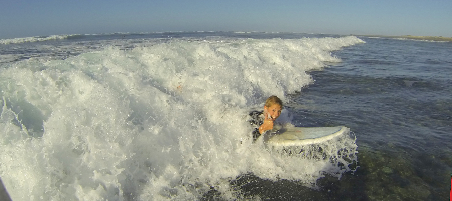 Learn to surf with the surfcamp Fuerteventura: Surfcourse on 05/02/2014