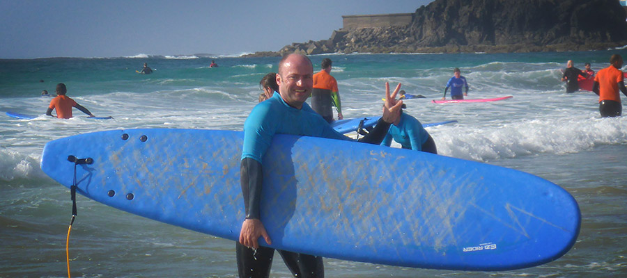 Sunny weather and much fun: Our surf course on the 14.03.2014