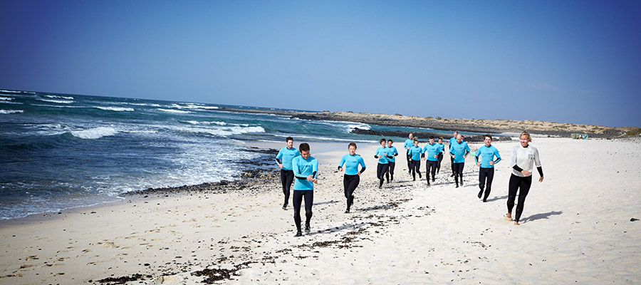 Surfing with Freshsurf: Our surf courses on the 20.03.2014