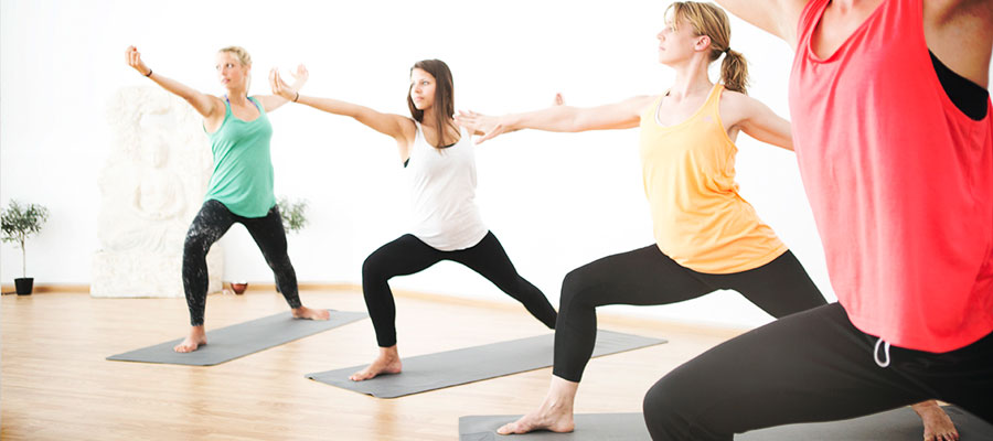 Surfing and Yoga at Freshsurf: Your first yoga class