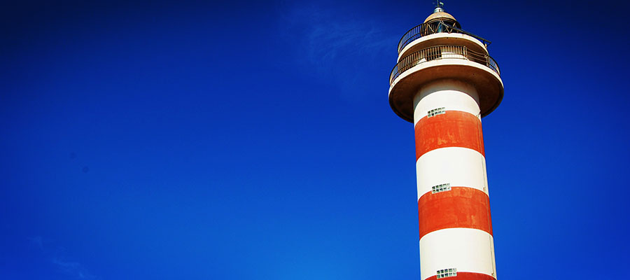 Our favorite places in El Cotillo: Check out the light house