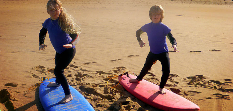Our little ones make it big – a successful weekend here in our surfcamp on the island of Fuertevenutra
