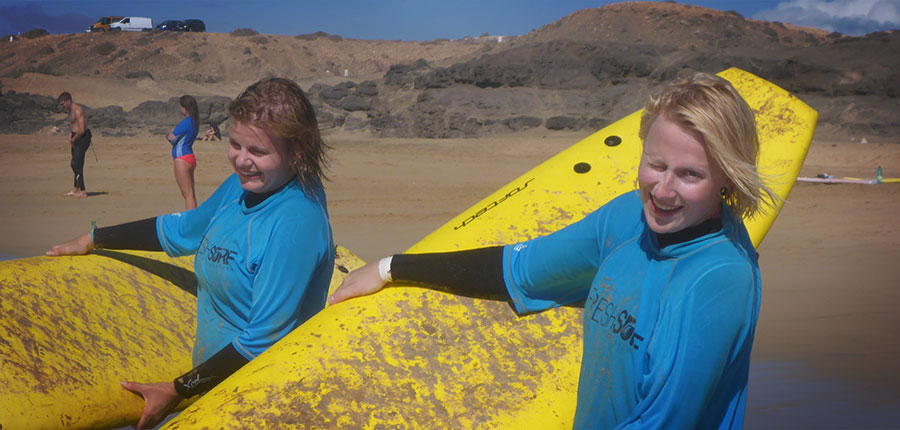 A good start into the new week – surfing lessons on 22 September 2014