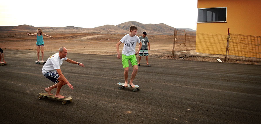 Longboarding as part of the surflessons on fuerteventura – surflesson 21. october 2014