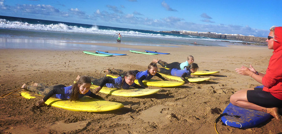 our surfcamp on the canarian islands  – surfing lesson on 04. November 2014