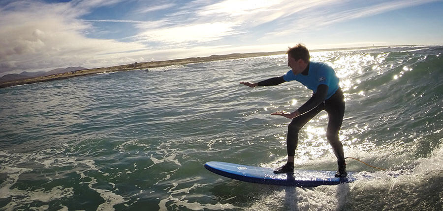 big waves for our surfcamp on fuerteventura – surfing lesson on 11. November 2014