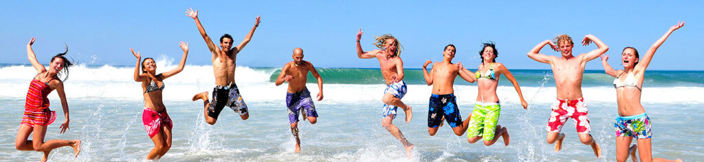 The early bird catches the wave – Surfing lessons on the 8 January 2015