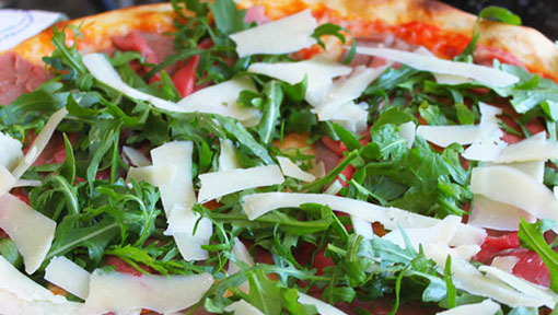 Fresh Pizza at Marameo