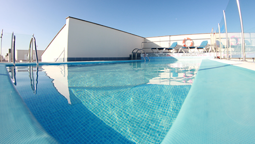 Pool on the roof terrace of the High Class Apartments Fuerteventura